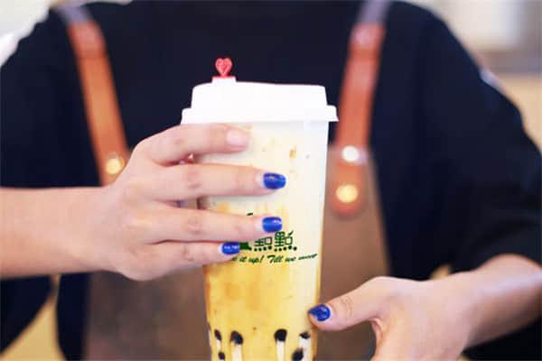 一点点奶茶加盟