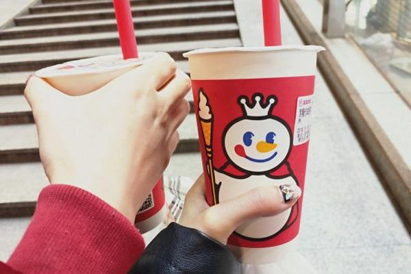 蜜雪冰城奶茶加盟