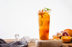 上海coco奶茶加盟费是多少?直辖市投资总额为40-60万元。
